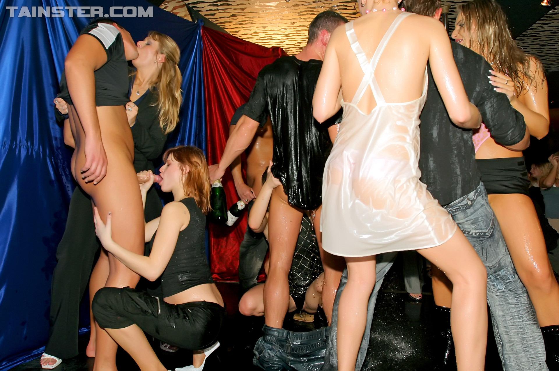 2Cam Porn swingingpornstars dso holiday extravaganza part 2 – cam 2